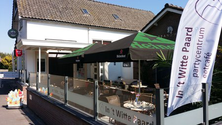 Eetcafé, Partycentrum In 't Witte Paard